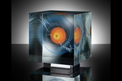 cosmic slap (2016) – 21x21x22 cm Optifloat, painted, glued, polished glass